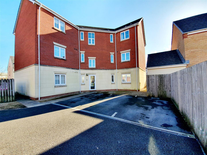 Six Mills Avenue, Gorseinon, Swansea, SA4 4QD